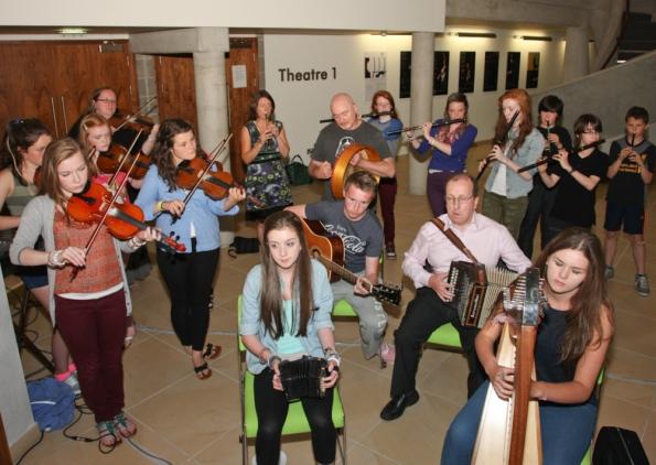 Trad music fans celebrate at launch of annual Fleadh Cheoil Na Mumhan in Limerick